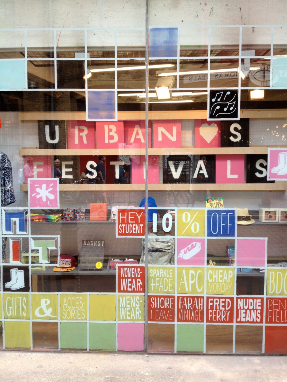Urban_Outfitters_3