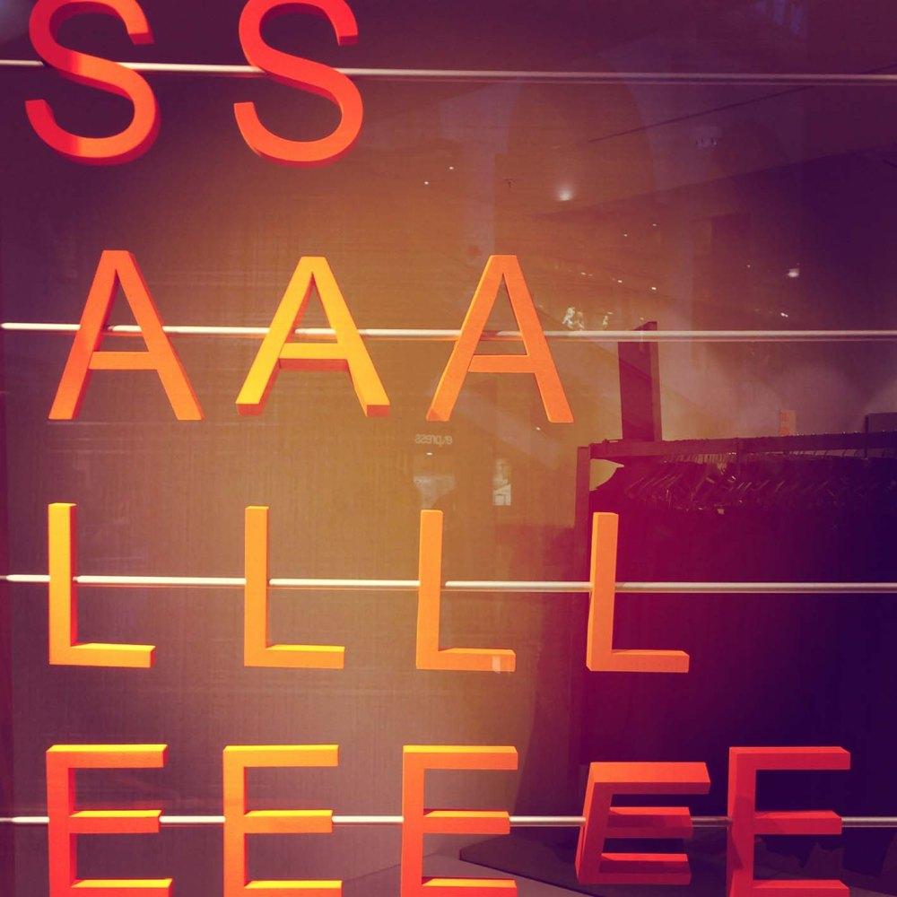 COS_SALE_01
